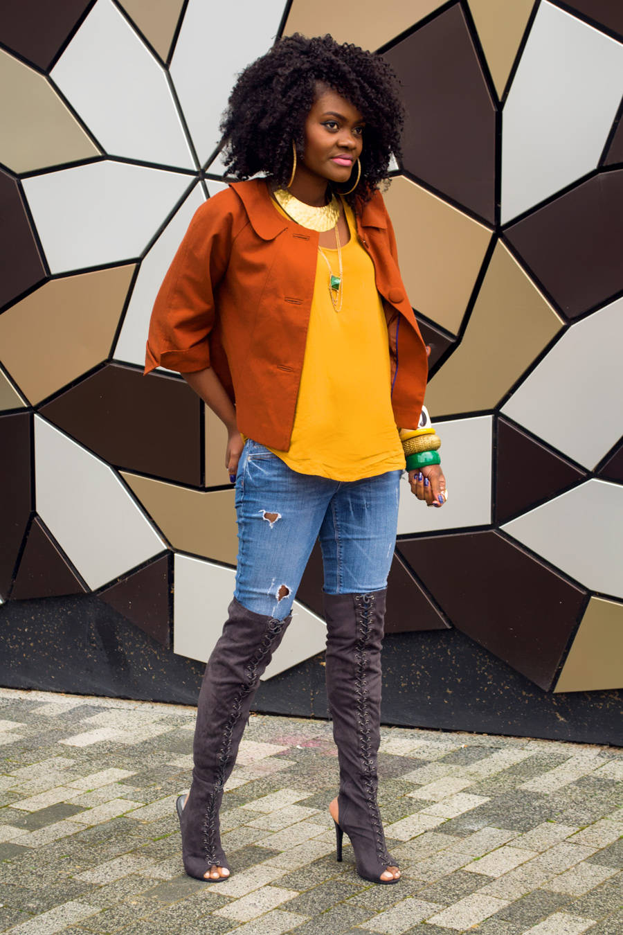 Styling high boots and warm colors